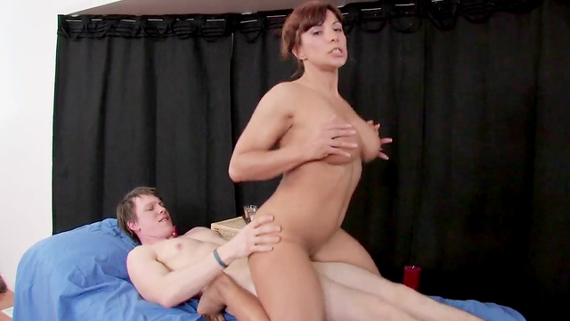 MILF fuck with a young cocky asshole